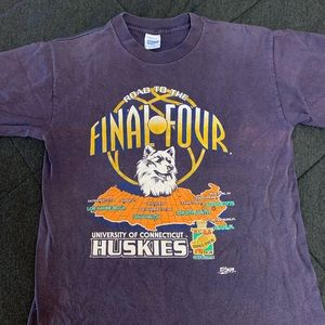 Vintage 1994 UCONN Final Four Shirt